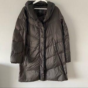 Gap long puffer jacket medium